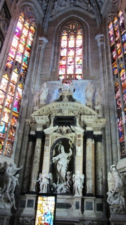 Duomo Milão, Itália 2
